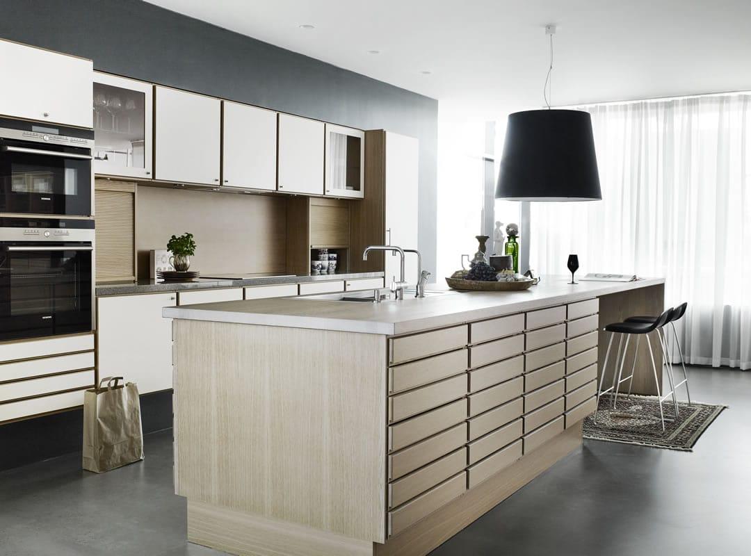 Form 1 | Ash and Laminate - Sola Kitchens | Sola Kitchens