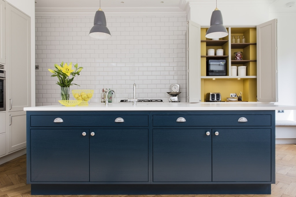 Frillen with Hague Blue Island - Sola Kitchens | Sola Kitchens